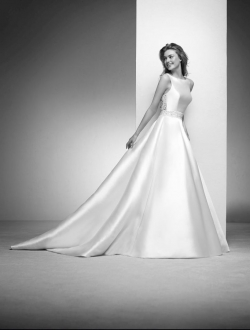 IRLENA-by-Pronovias-Atelier-Provee-Wedding-Dress.jpg