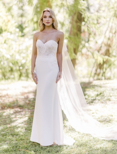 ALENCON-Wendy-Makin-Wedding-Dress.jpg