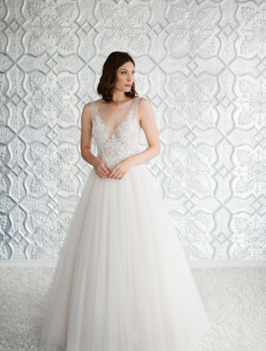 ARIE-Wendy-Makin-Wedding-Dress.JPG